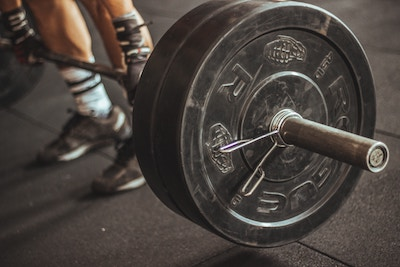 Weight lifter with bar